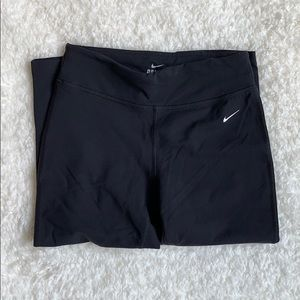 Nike Dri-Fit Black Cropped Leggings Size Small